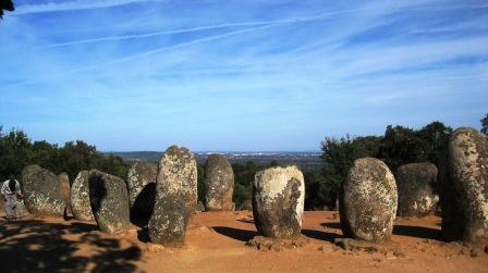Cromlech de Los Almendres, Alentejo, Portugal